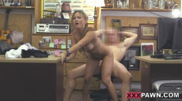 A Tip For The Waitress (30-05-2015) FullHD 1080p
