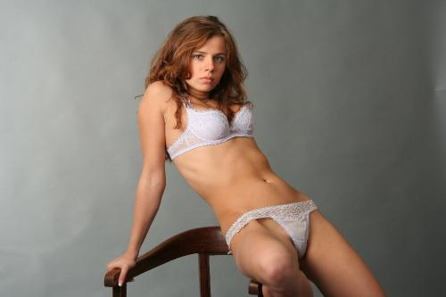 2007-12-13 Tina 18