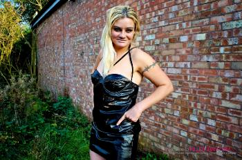 Jakki Louise_On a Dogging Mission